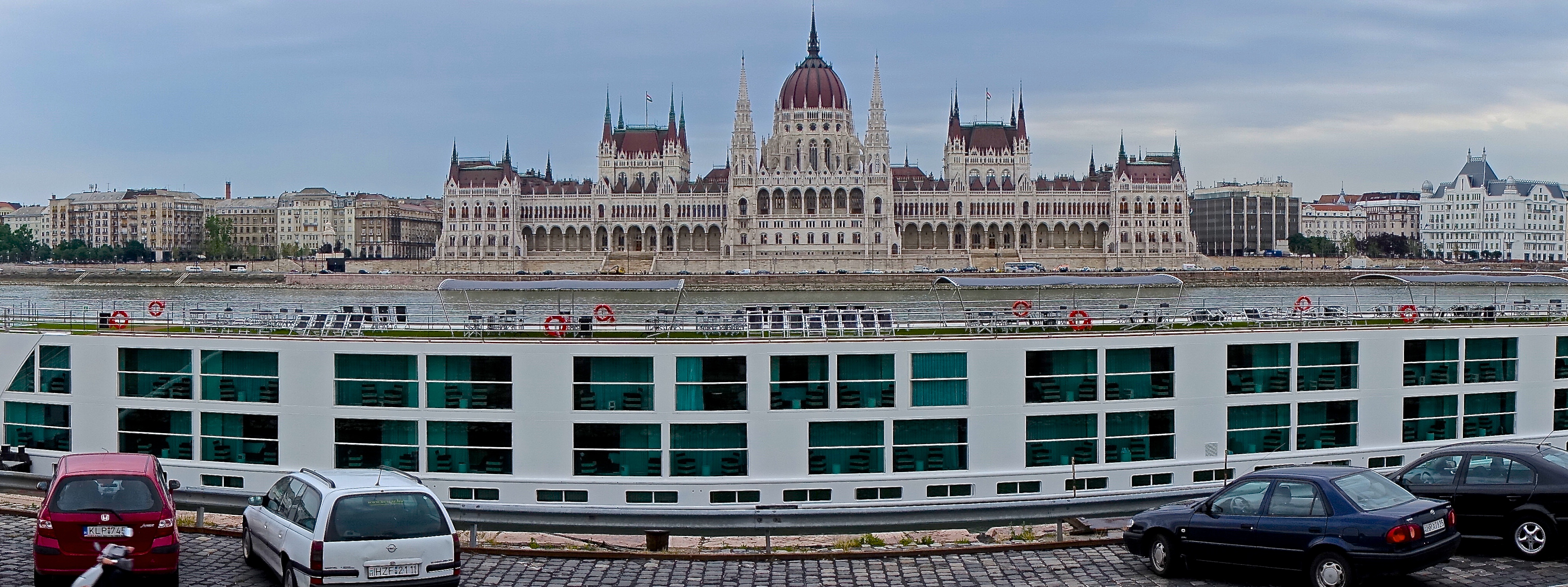 Danube river boat: One smooth history lesson